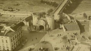 Puerta de Palmas, escenario de sus admirados regresos tras una partida de caza.