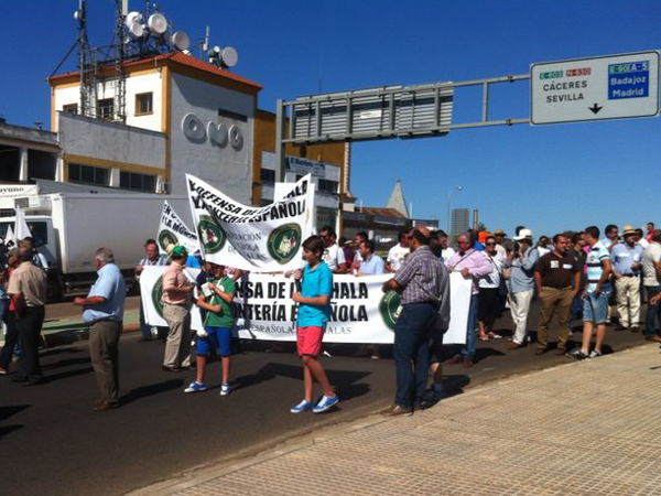 Manifestación rehalas mérida juvenex