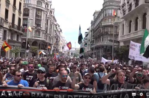 Manifestación en defensa de la pesca, caza y mundo rural